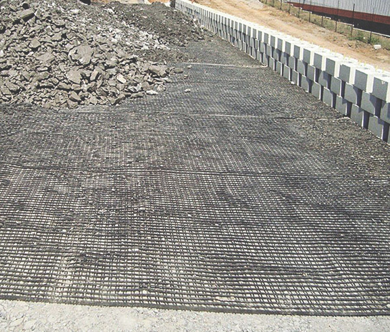 Geogrid Road Application
